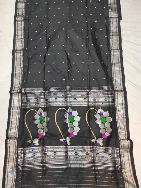 Black fancy pallu handloom paithani saree