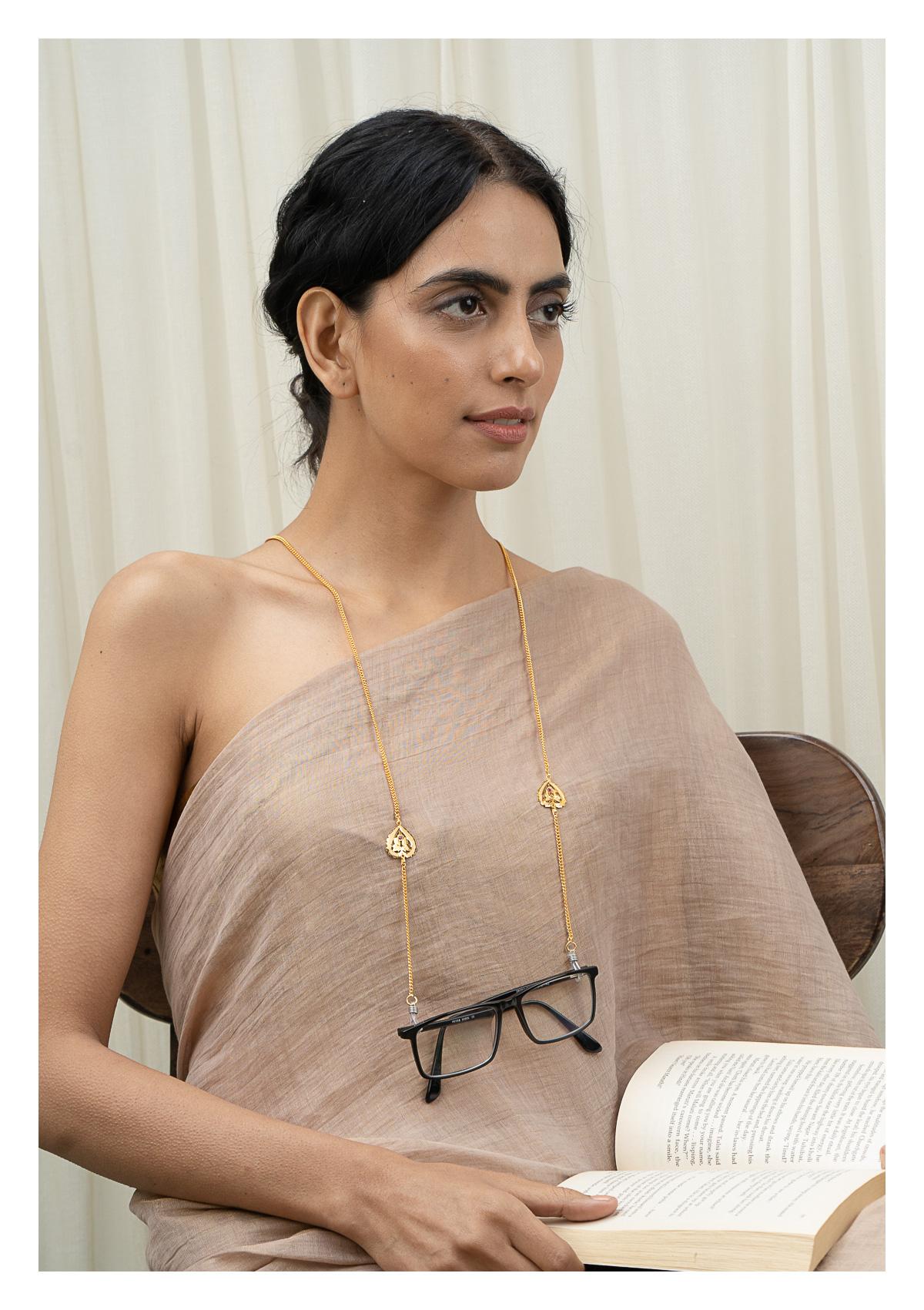 Barkha Gold Tone Silver Eyewear Chain