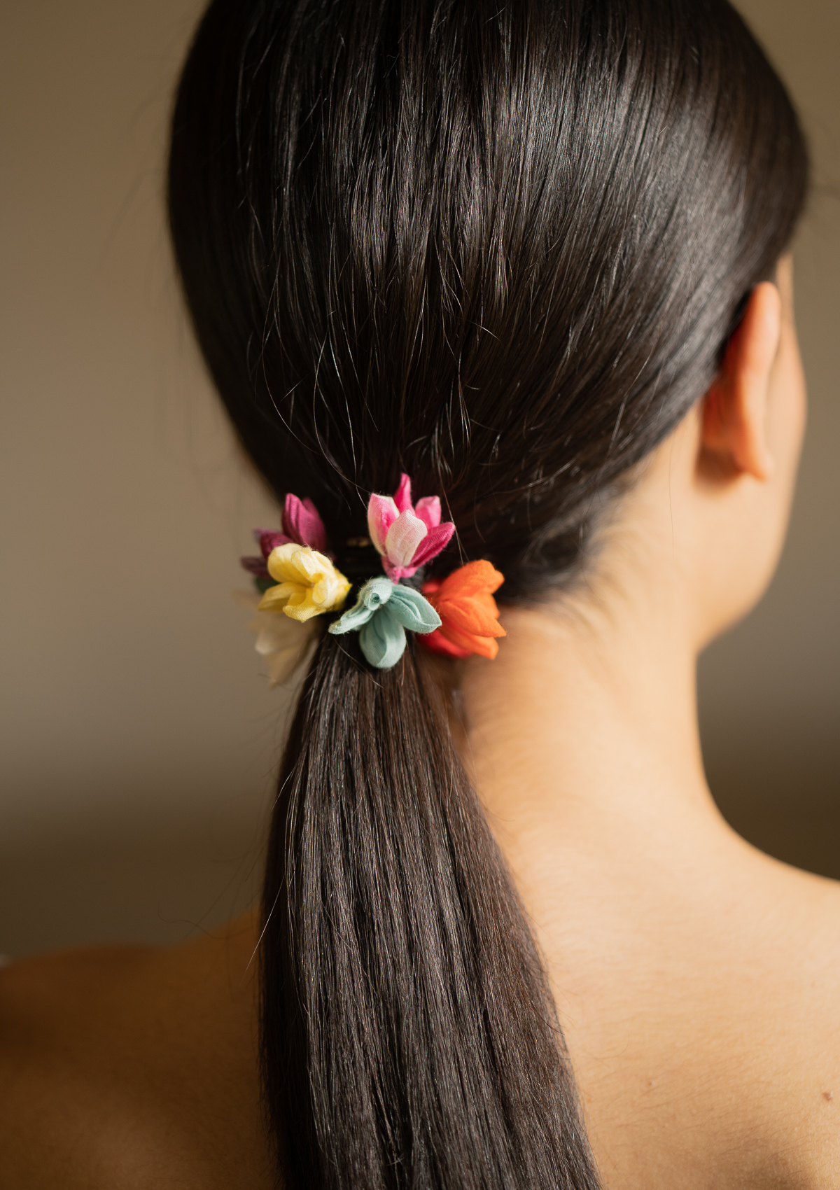 Aria Flower Rubber Band