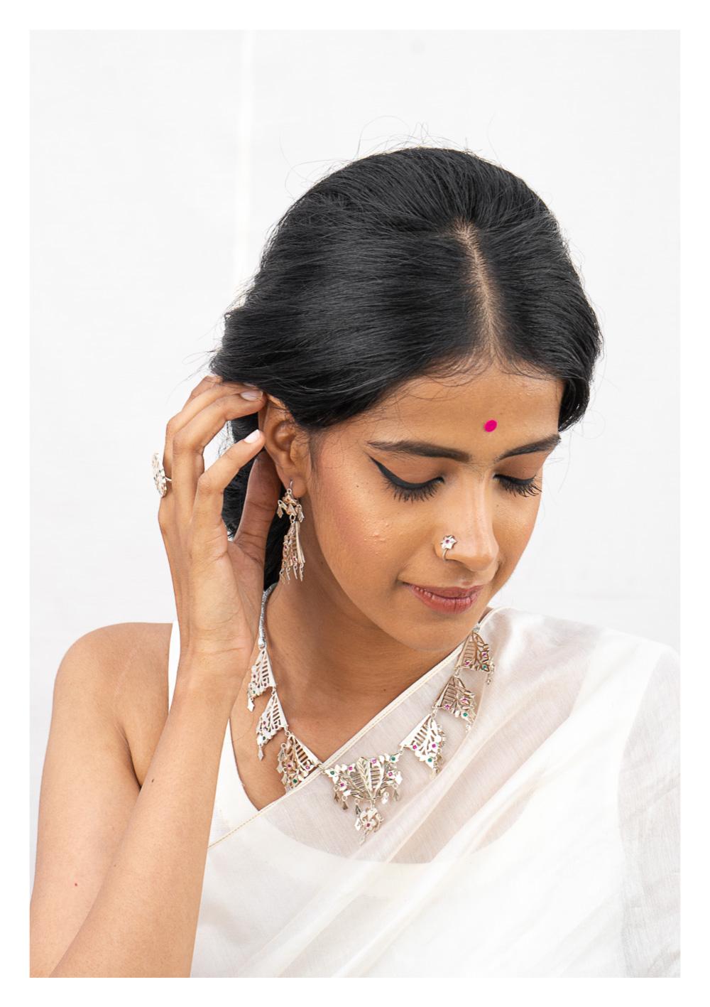 Razia Silver Necklace & Earrings Set