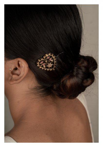 Dilli Gold Tone Silver Hairpin