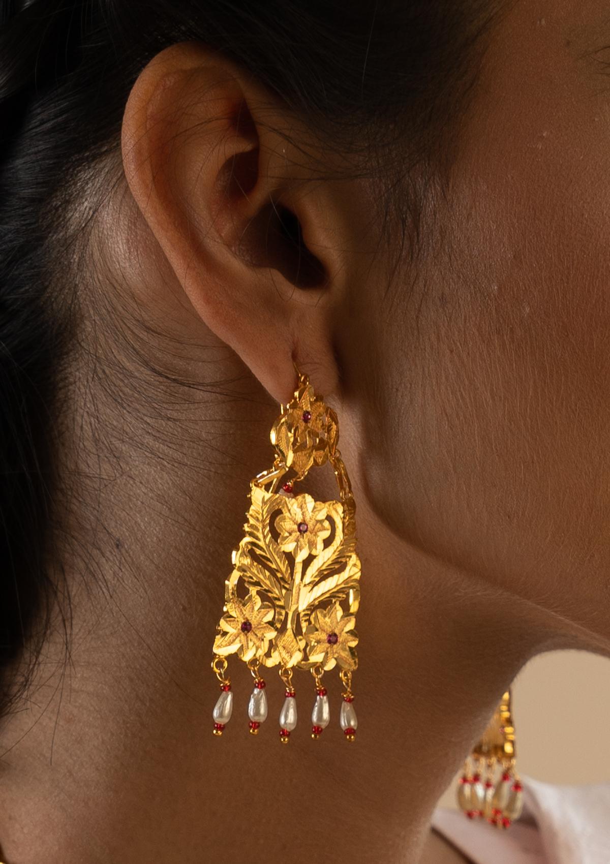 Nadira Gold Tone Necklace & Earrings Set