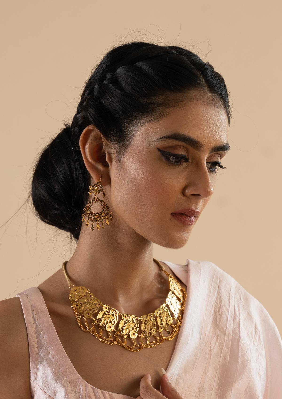 Ratna Gold Tone Silver Necklace