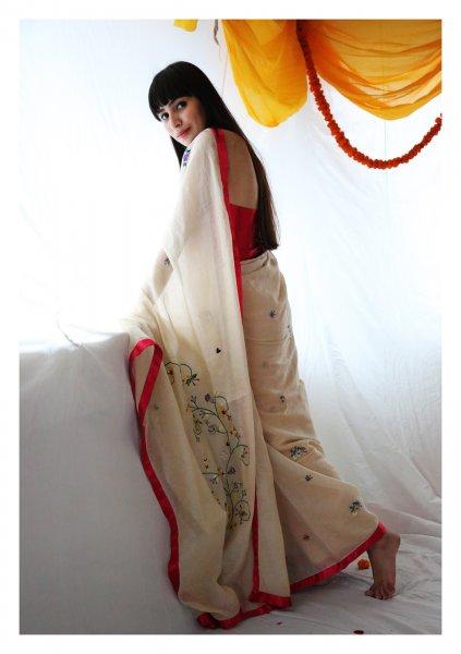 Rashida Gold Tissue Saree