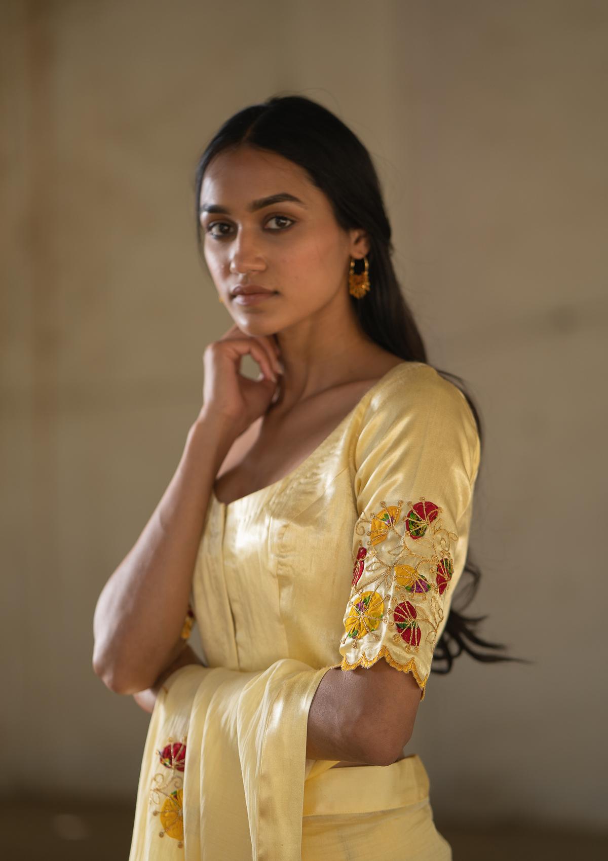 Gauriya Mashru Blouse