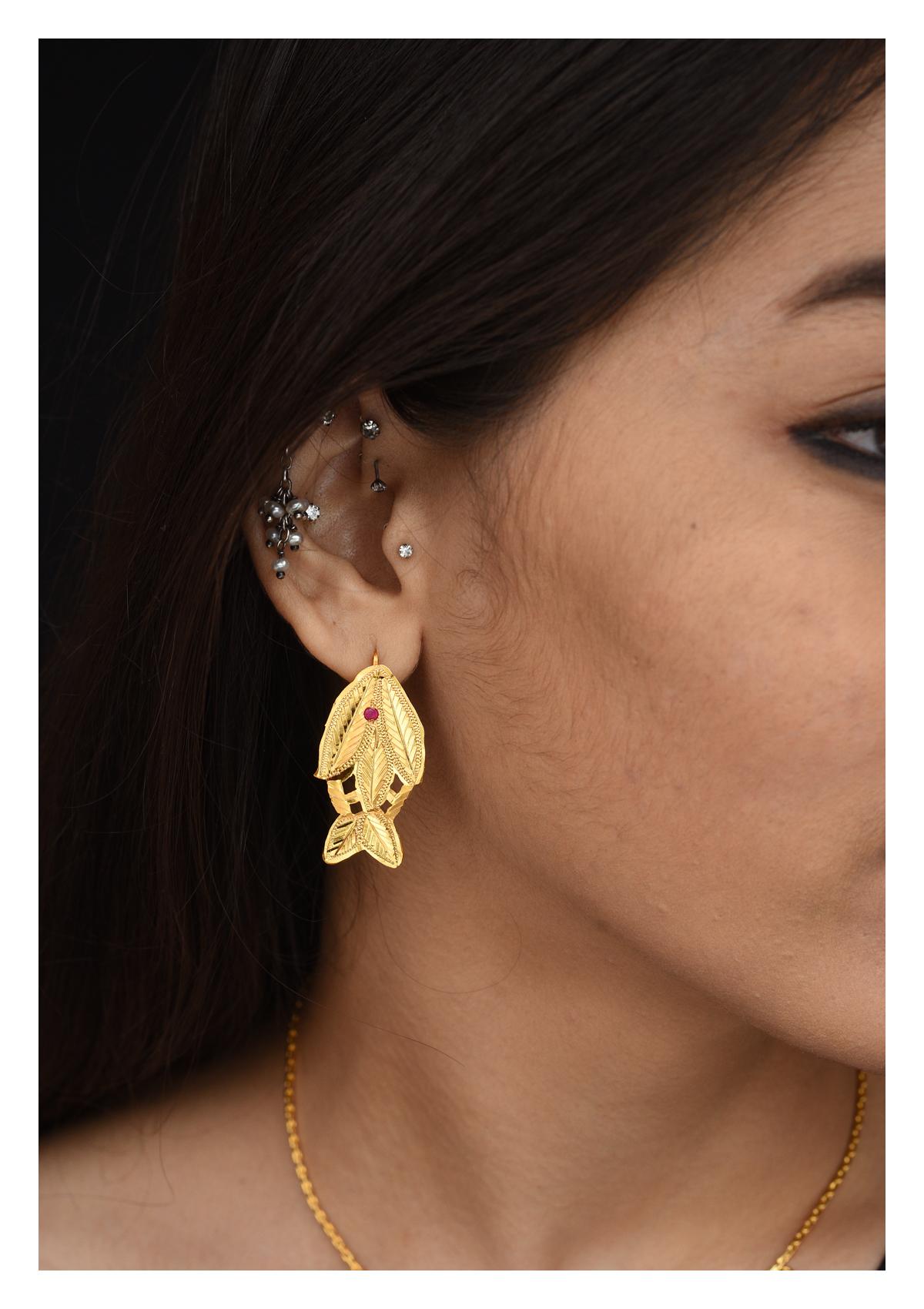 Machli Handmade Goldtone Silver Earrings