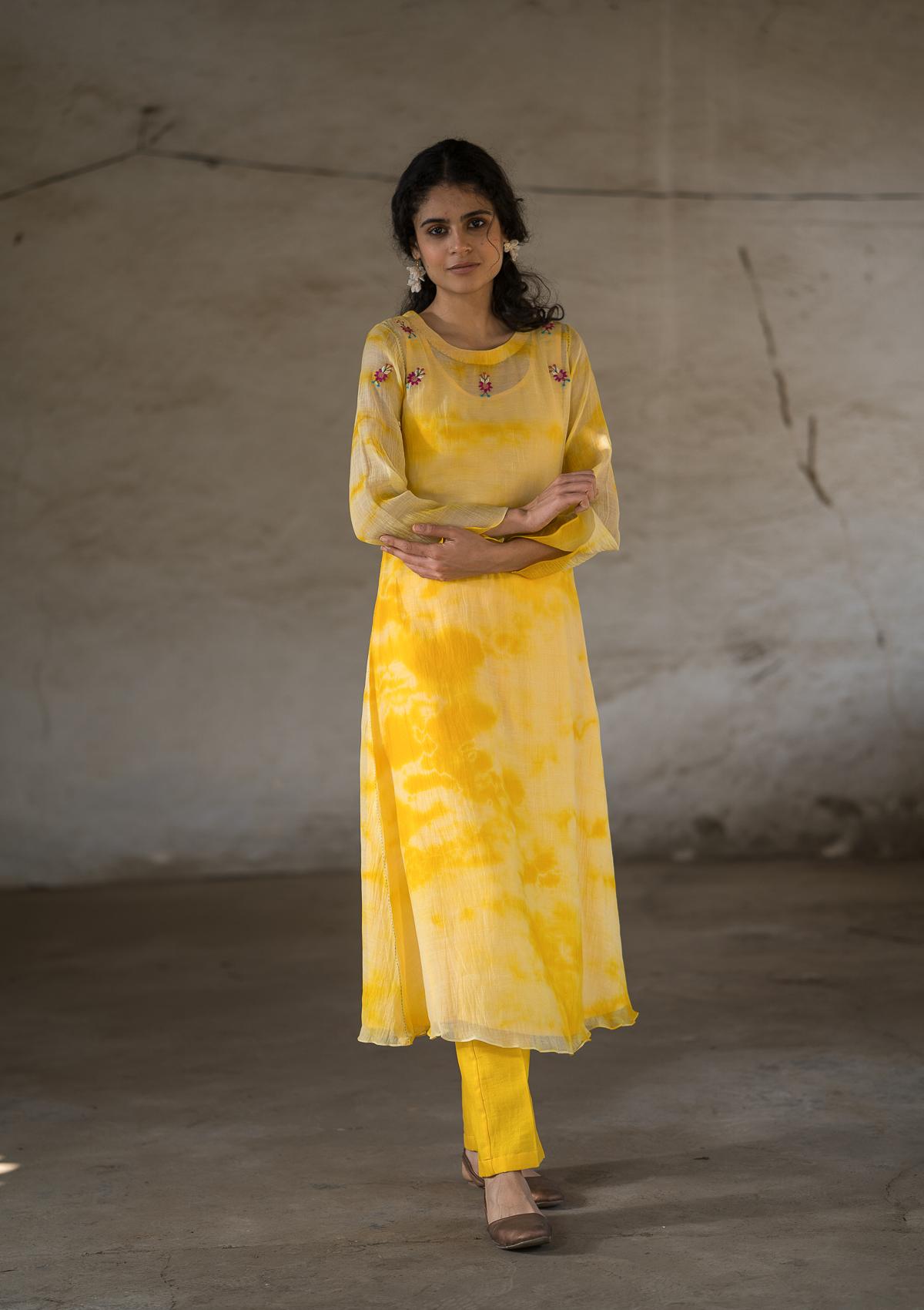 Jhilmilata Chanderi Kurta Pant Set