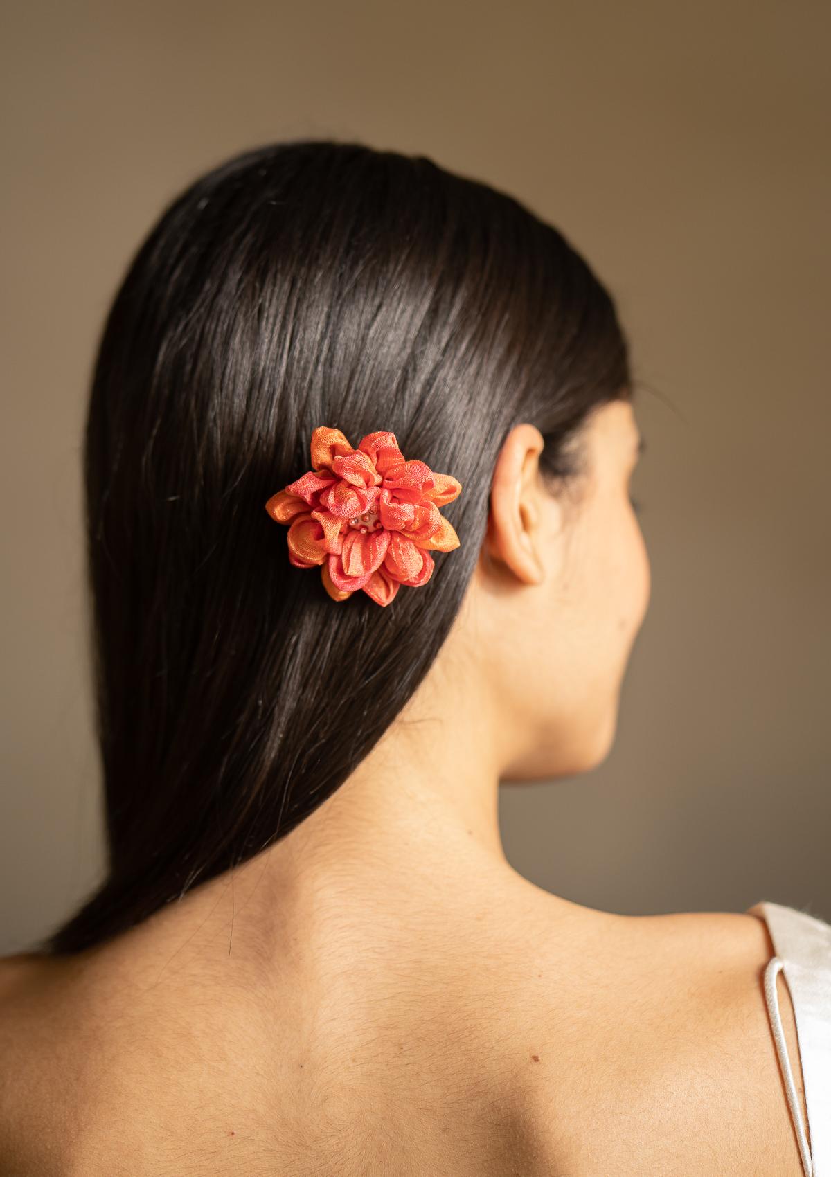 Lute Orange Hair Accessory