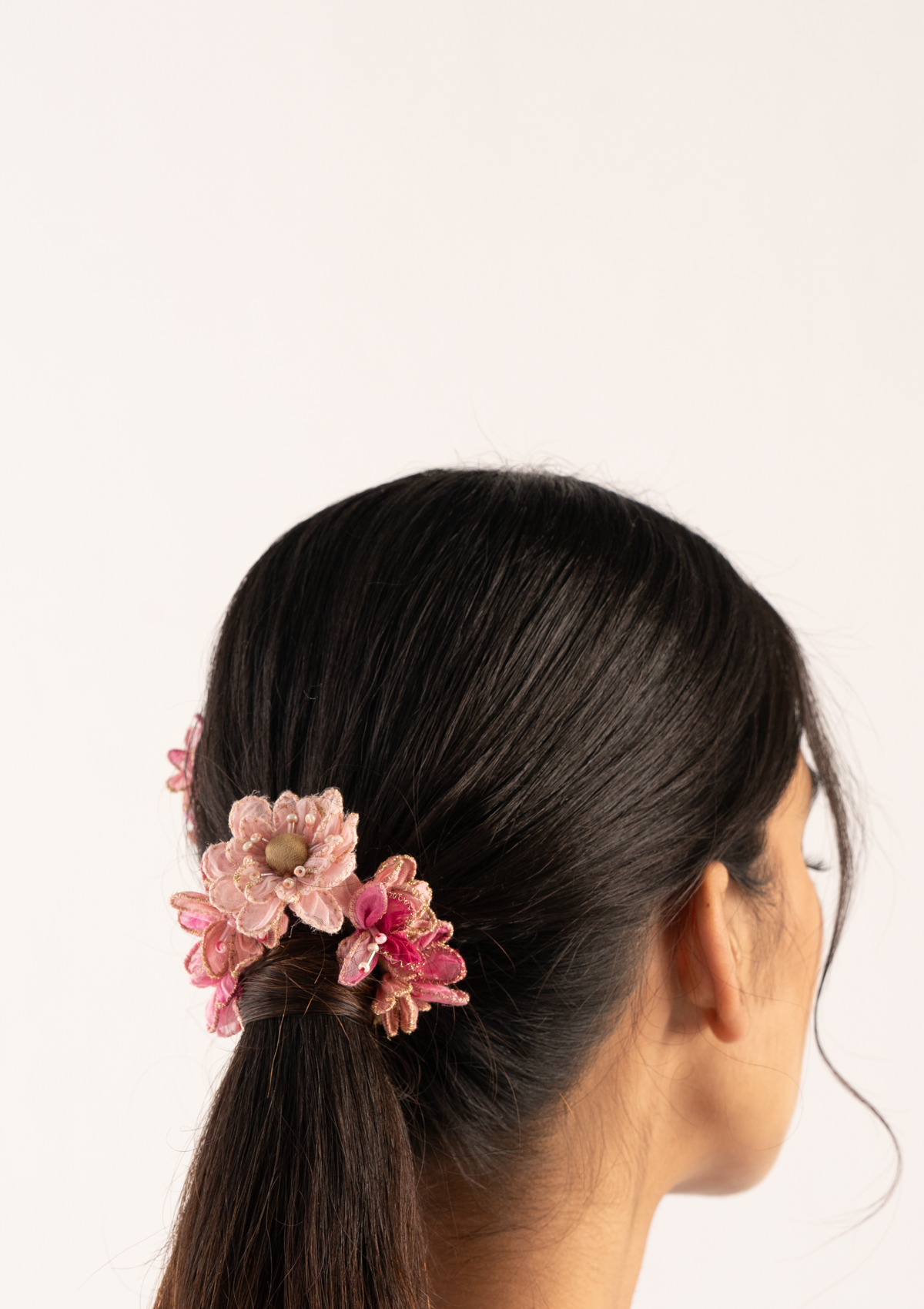Saga Pink Floral Gajra