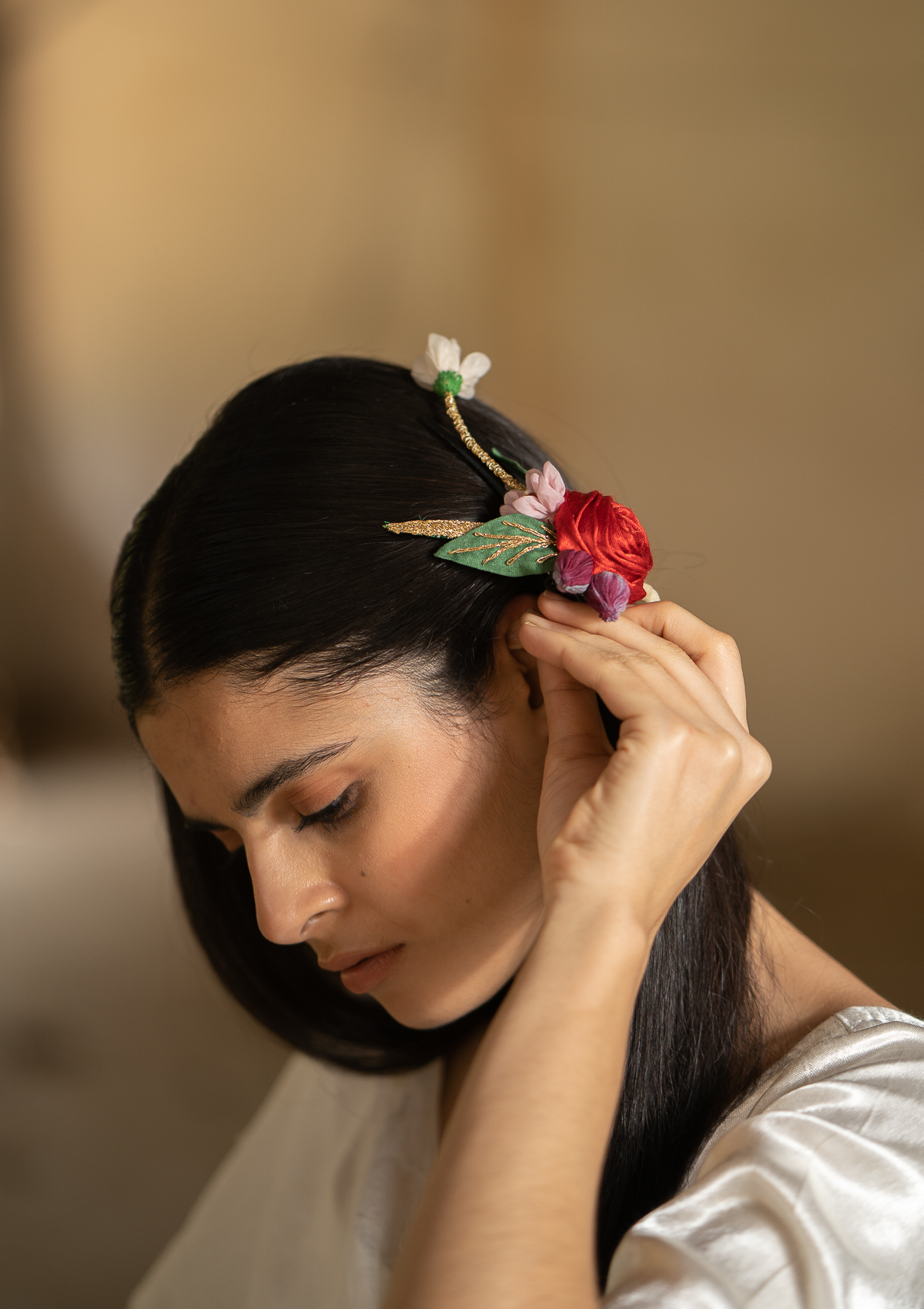 Melody Floral Claw Clip