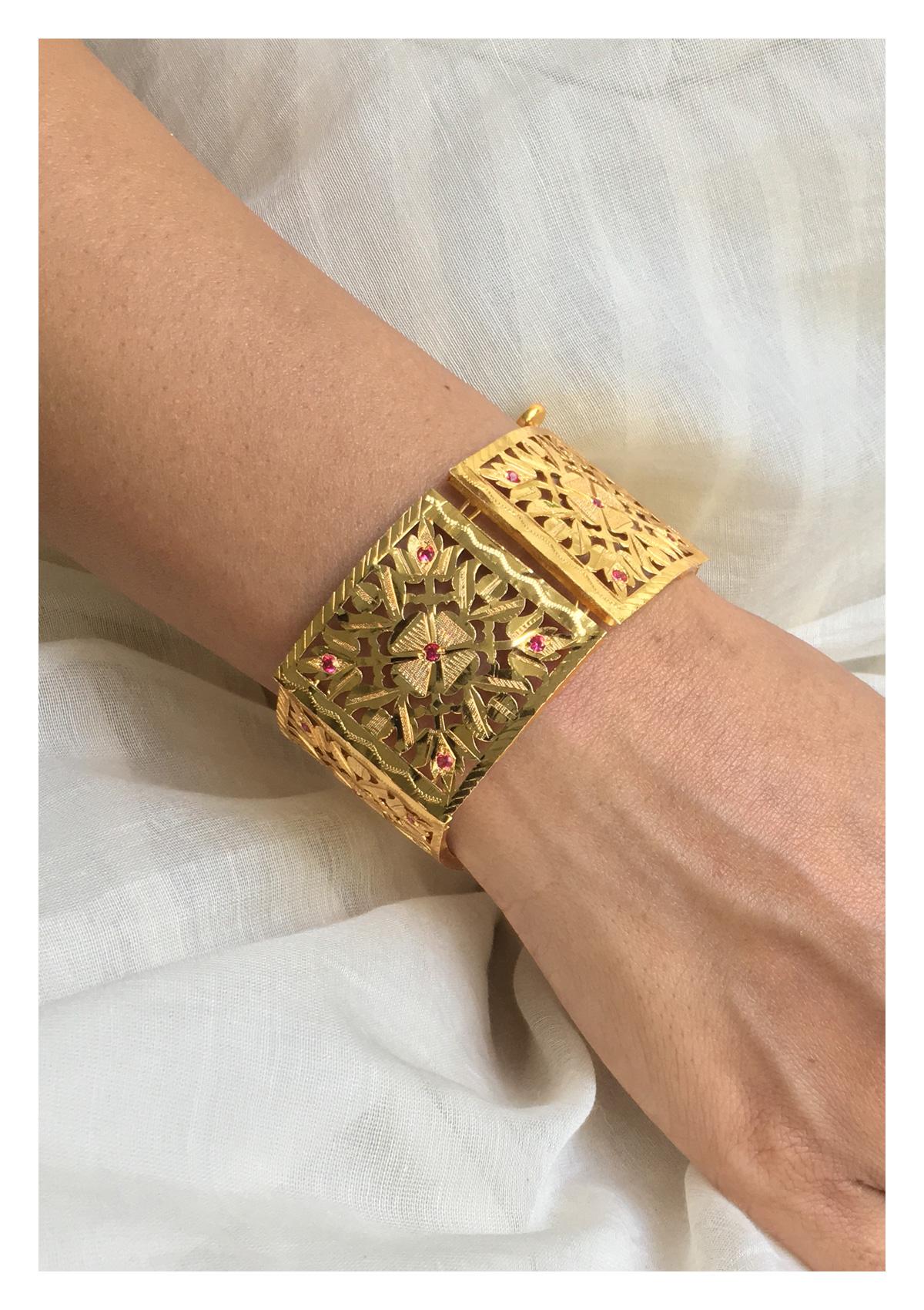 Gayatri Handmade Gold Tone Silver Bracelet