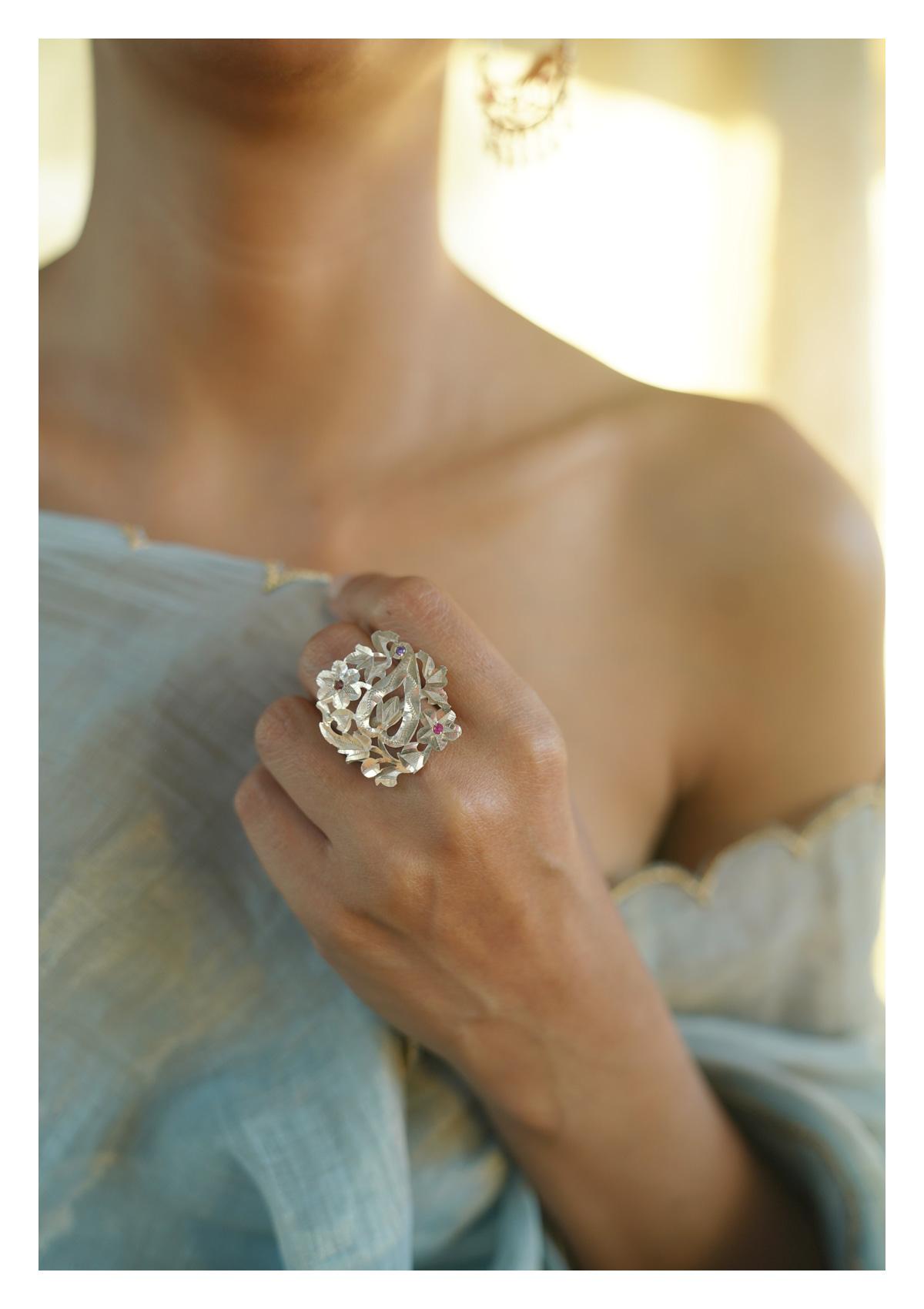 Kaeri Handmade Silver Ring