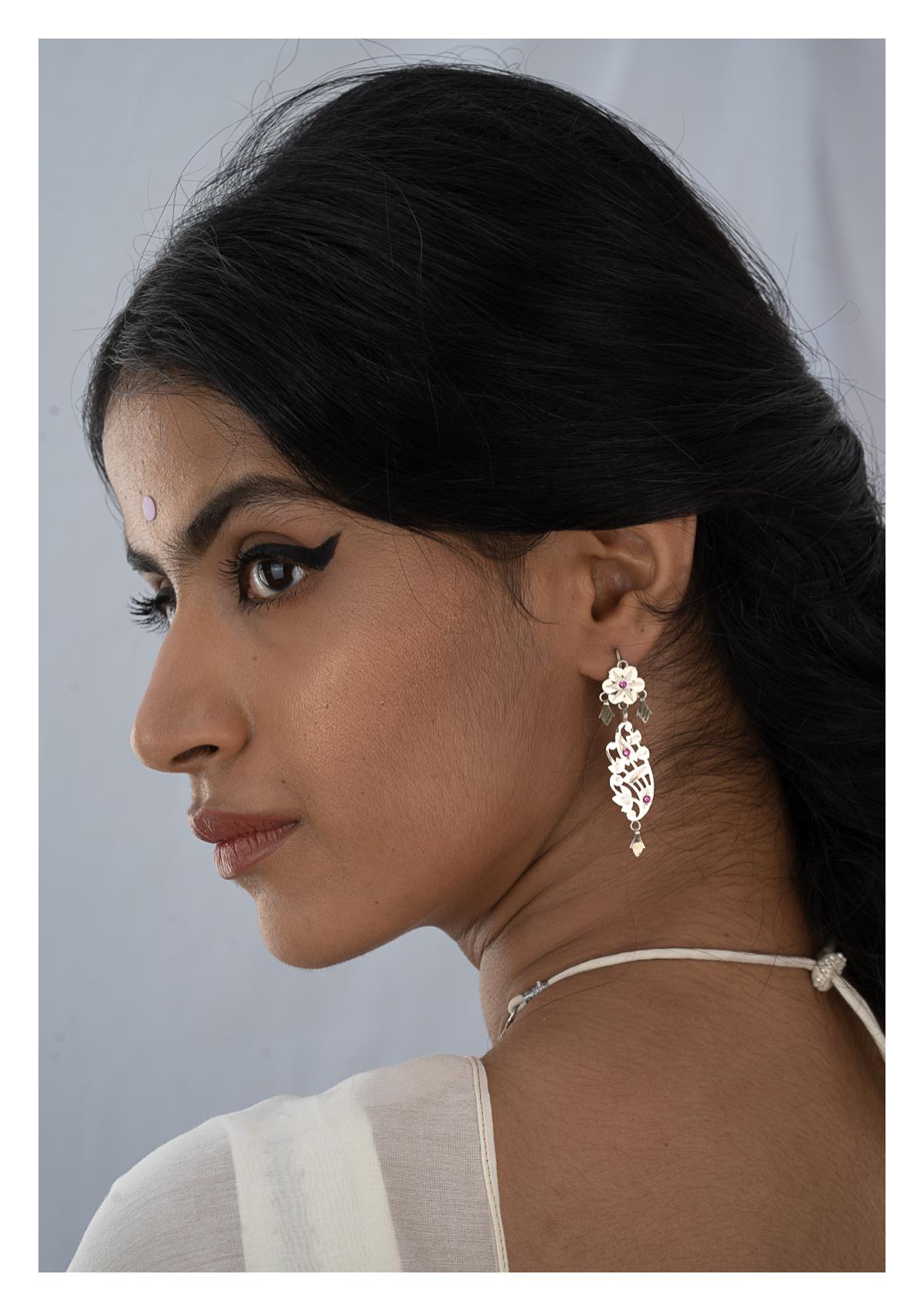 Rehnuma Silver Necklace & Earrings Set