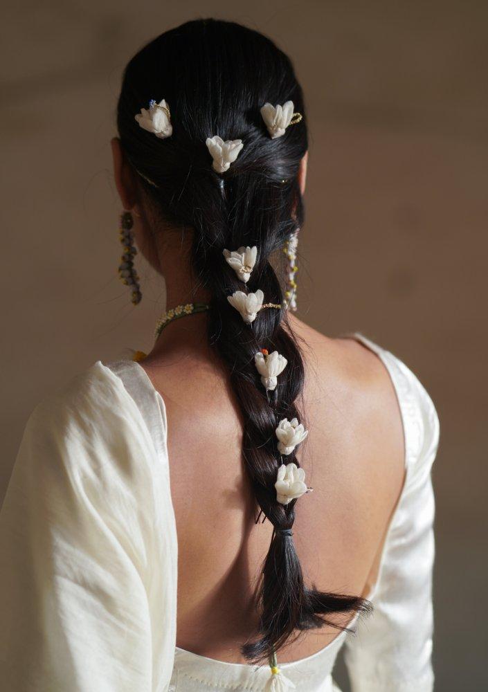 Raina Flower Juda Pins