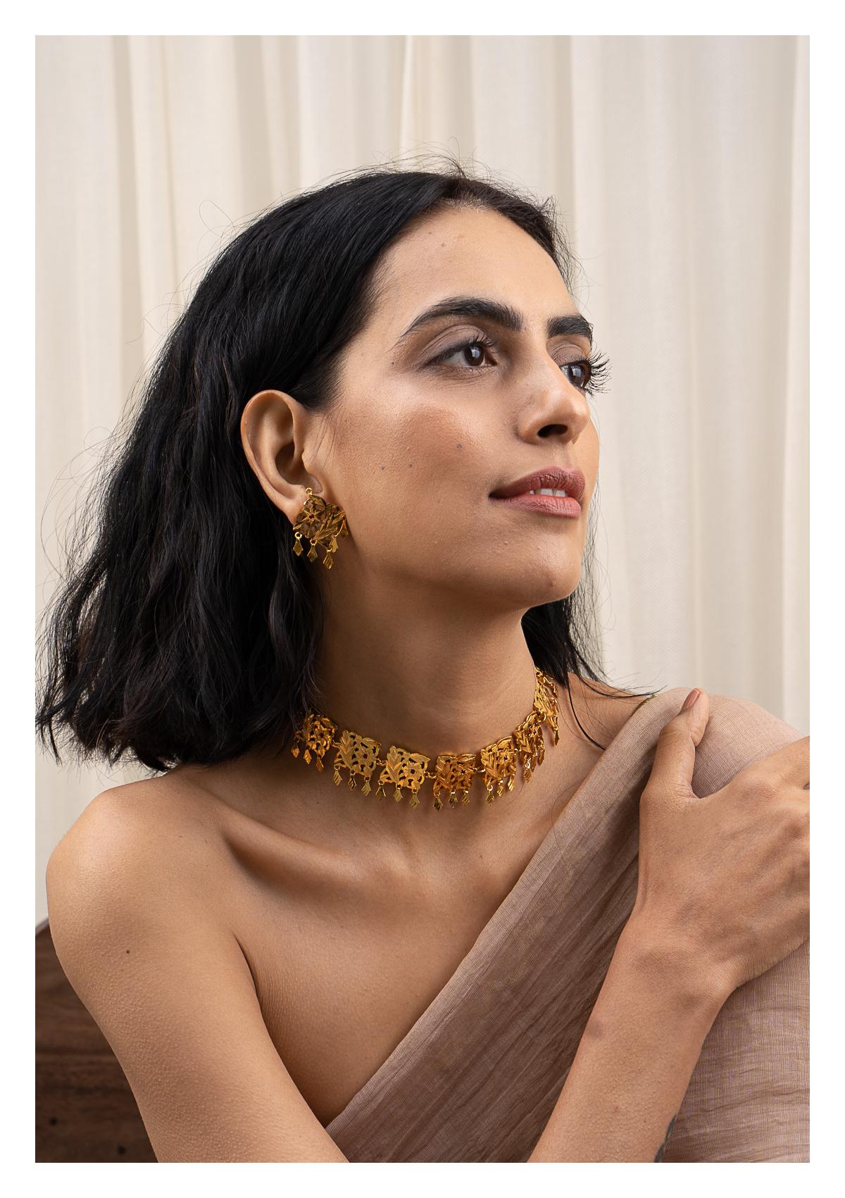 Shashi Handmade Gold Tone Silver Necklace