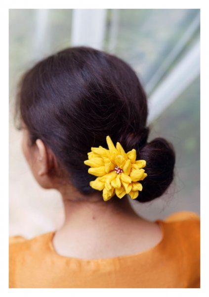 Tullipan Yellow Flower Accessory