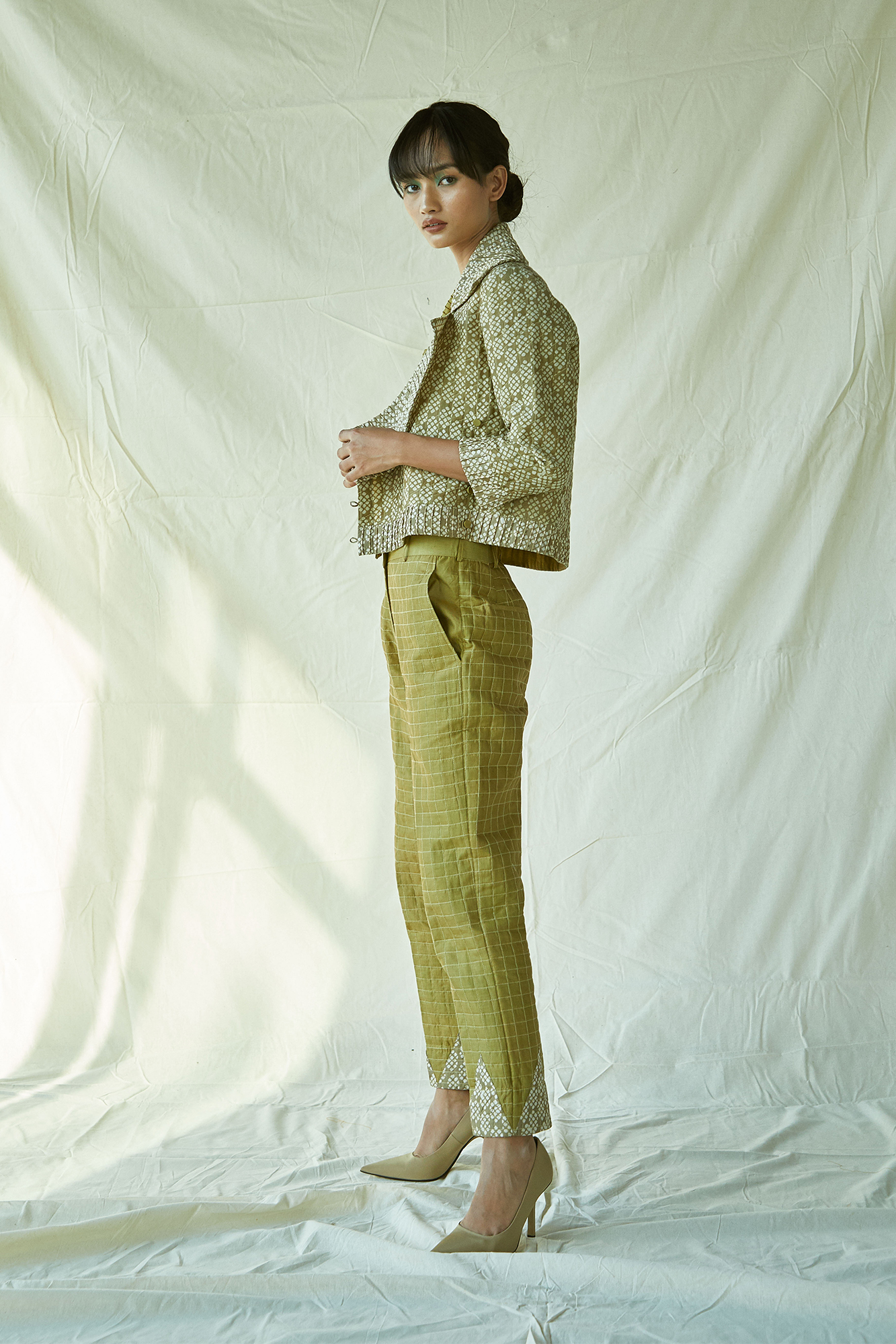 QUILTED GREEN PENCIL PANTS