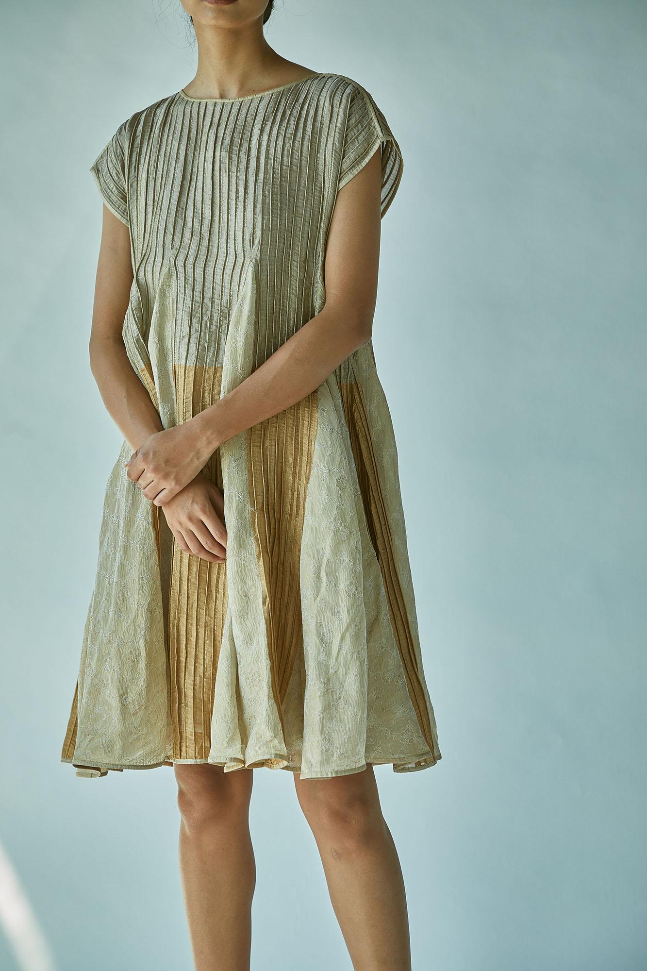 TISSUE PANNELLED DRESS