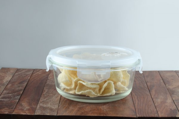 Borosilicate Glass Round Container with Air Vent Lid, 940 ML