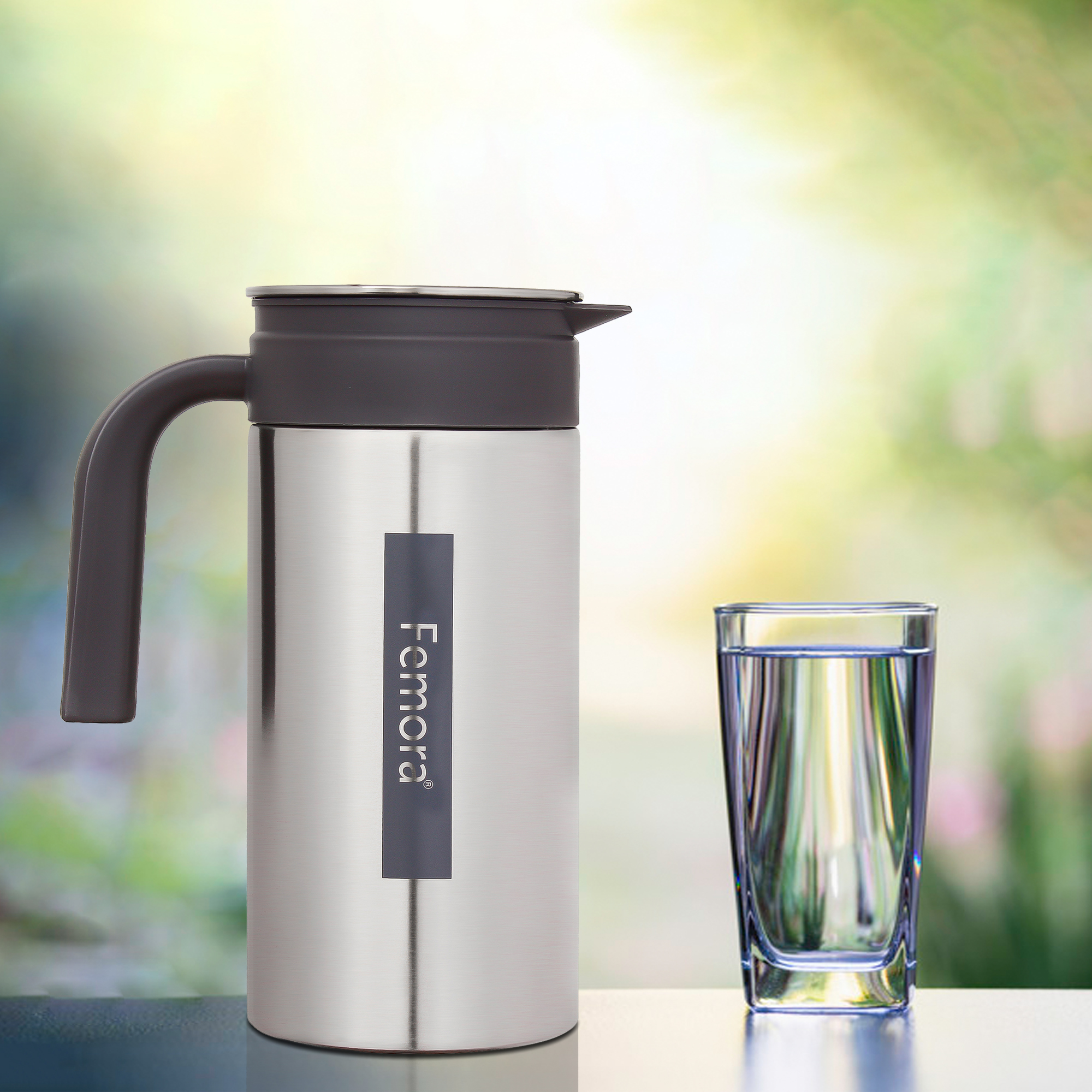 Stainless Steel Grand Jug with Handle - 1.4 L, ( gray ,black lid )
