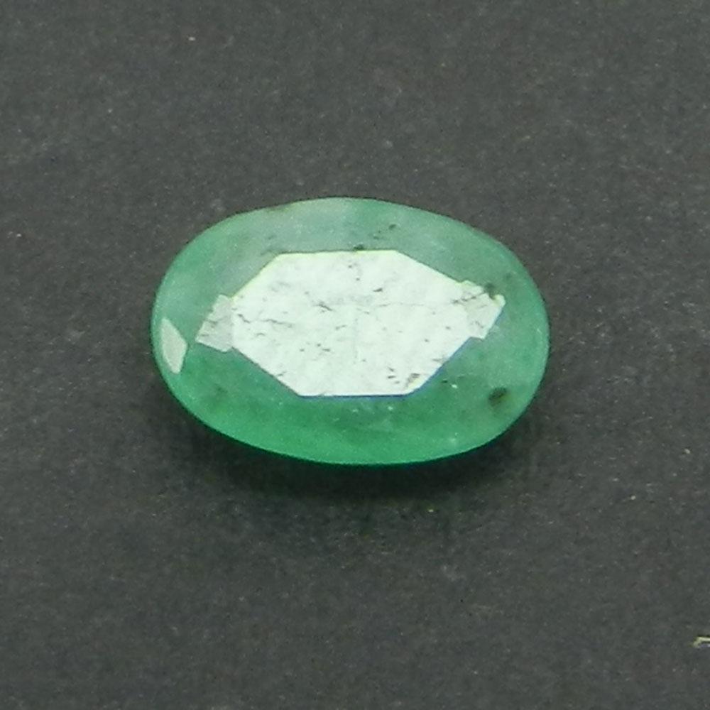 Emerald 6X4mm Oval Cut 0.4 Cts