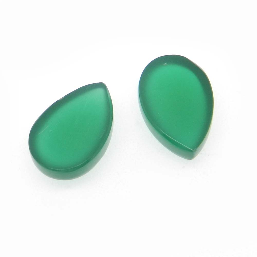Green Onyx 15x10mm Pear Cabochon 6.35 Cts