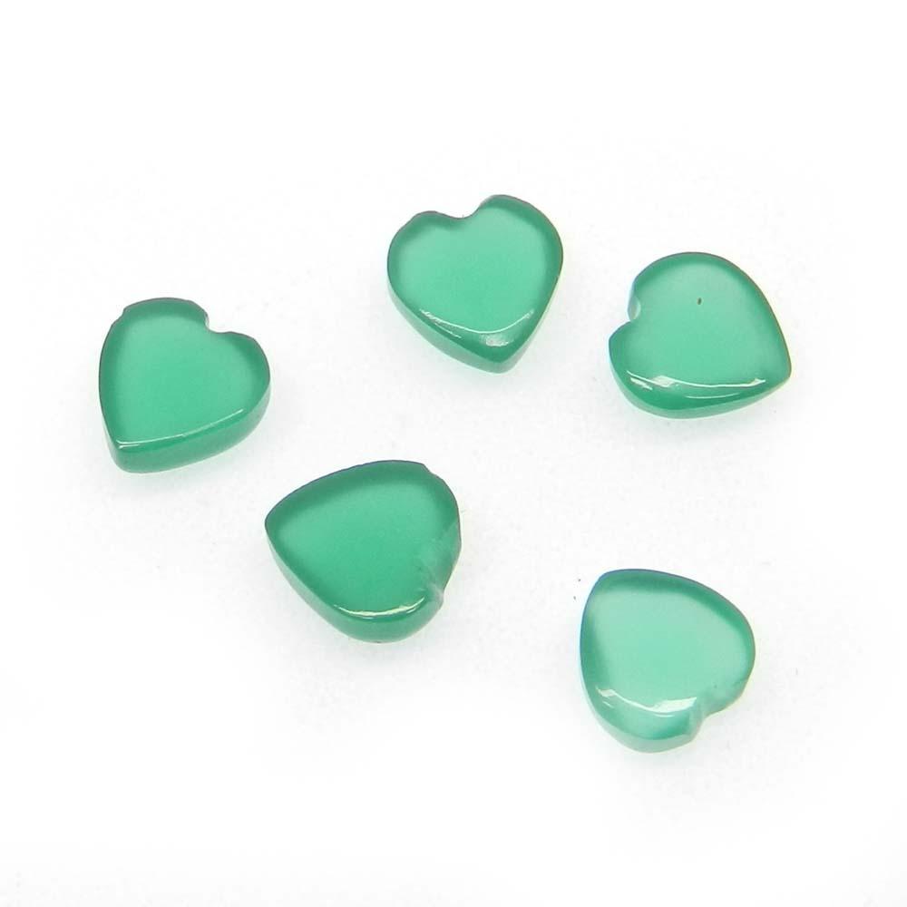 Green Onyx 6x6mm Heart Cabochon 0.91 Cts