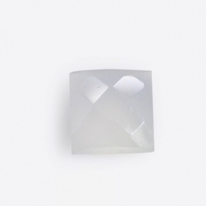 Natural White Onyx 8x8mm Square Briolette Cut 2.50 Cts
