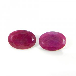 Natural Ruby 14x10mm Oval Faceted Cut 7.65 Cts