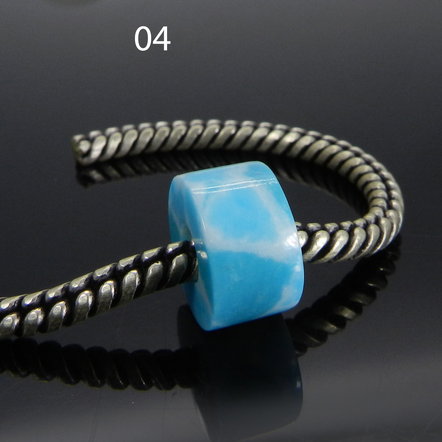 Synthetic Larimar 14x8x5mm Round Flat Beads