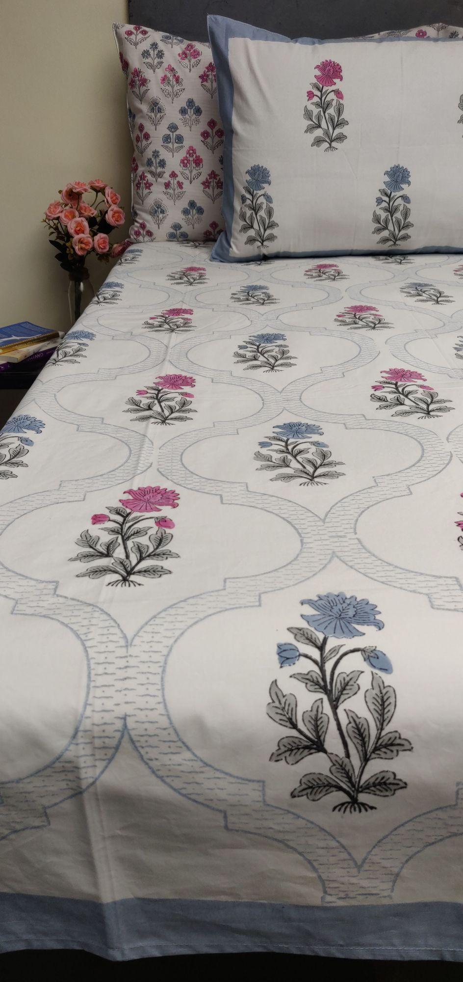 Floral Boota King Bedsheet BHK50