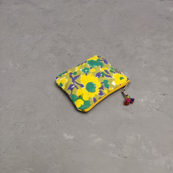 Small Canvas Pouch CPS25