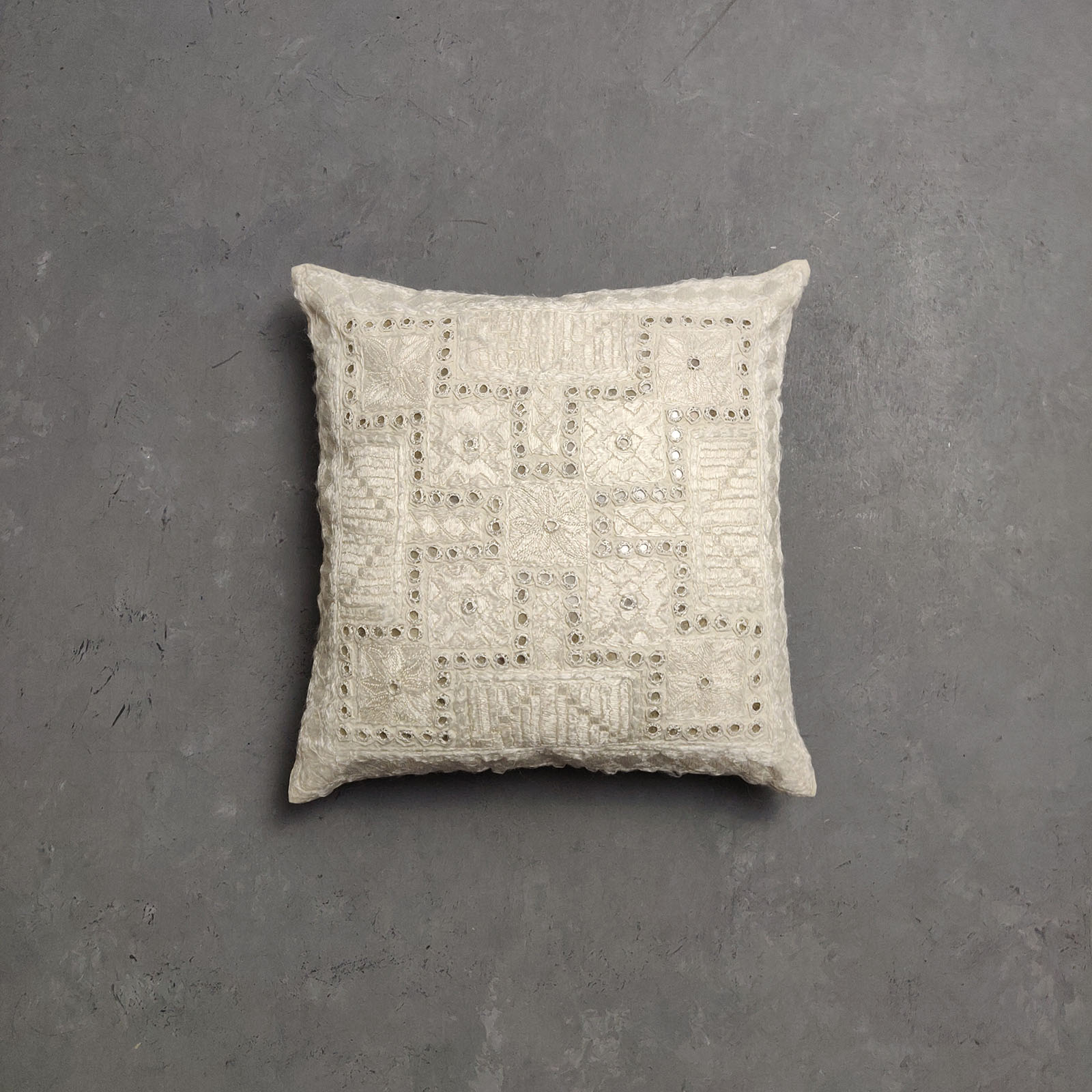 Embroidery Cushion Cover CC7