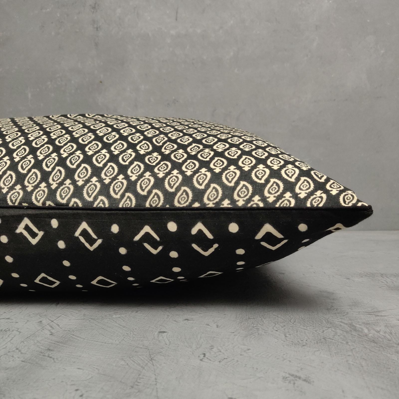 Reversible Handblock Printed Cushion Cover 24CCP37