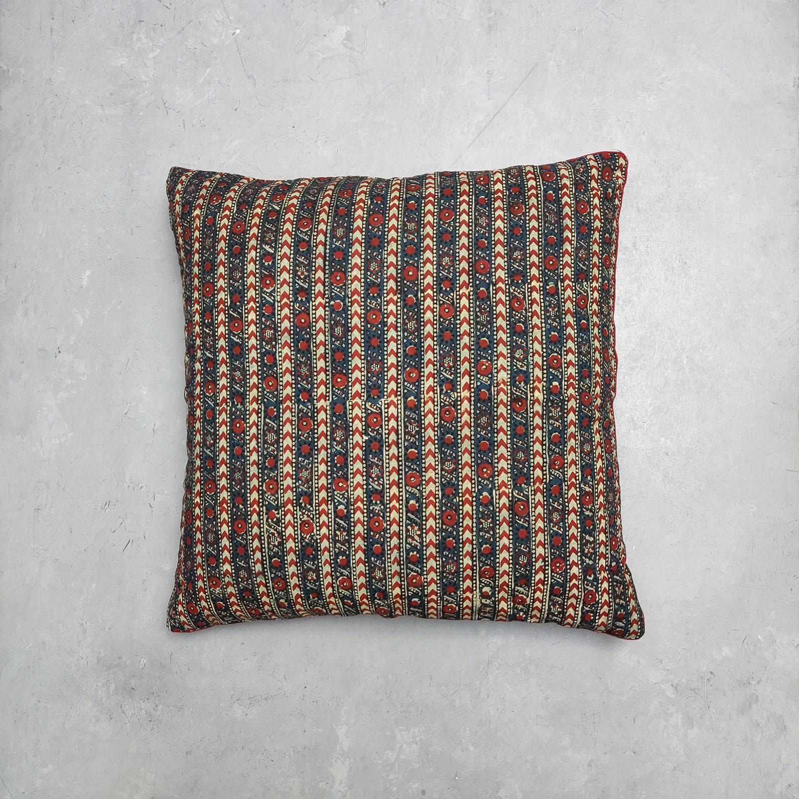 Reversible Handblock Printed Cushion Cover 24CCP62
