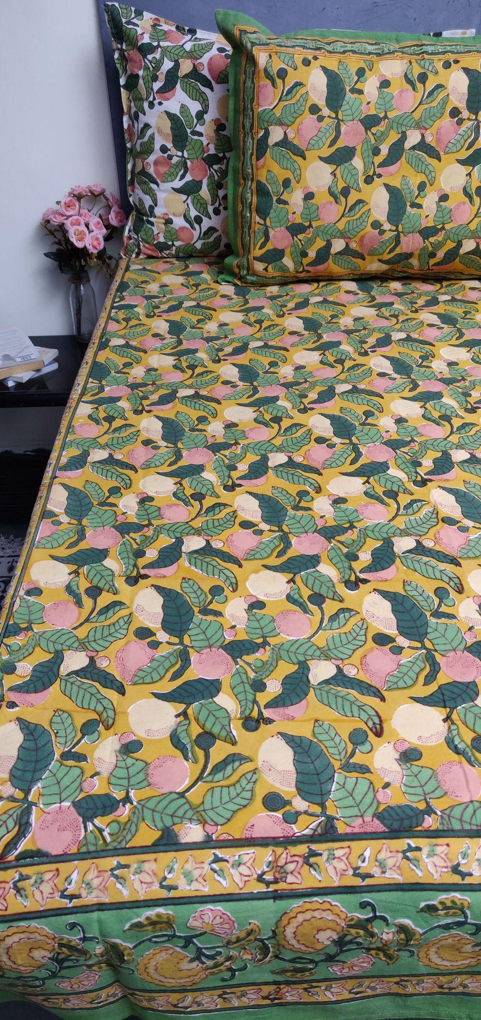 Floral Handblock Printed King Bedsheet K70