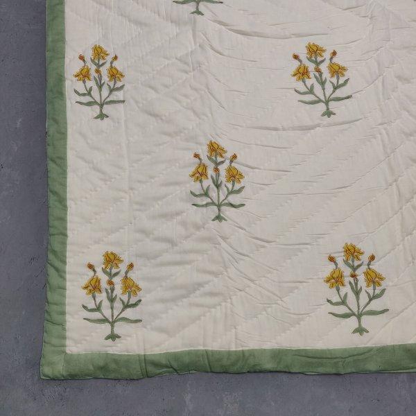 Floral Double Size Quilt QD24