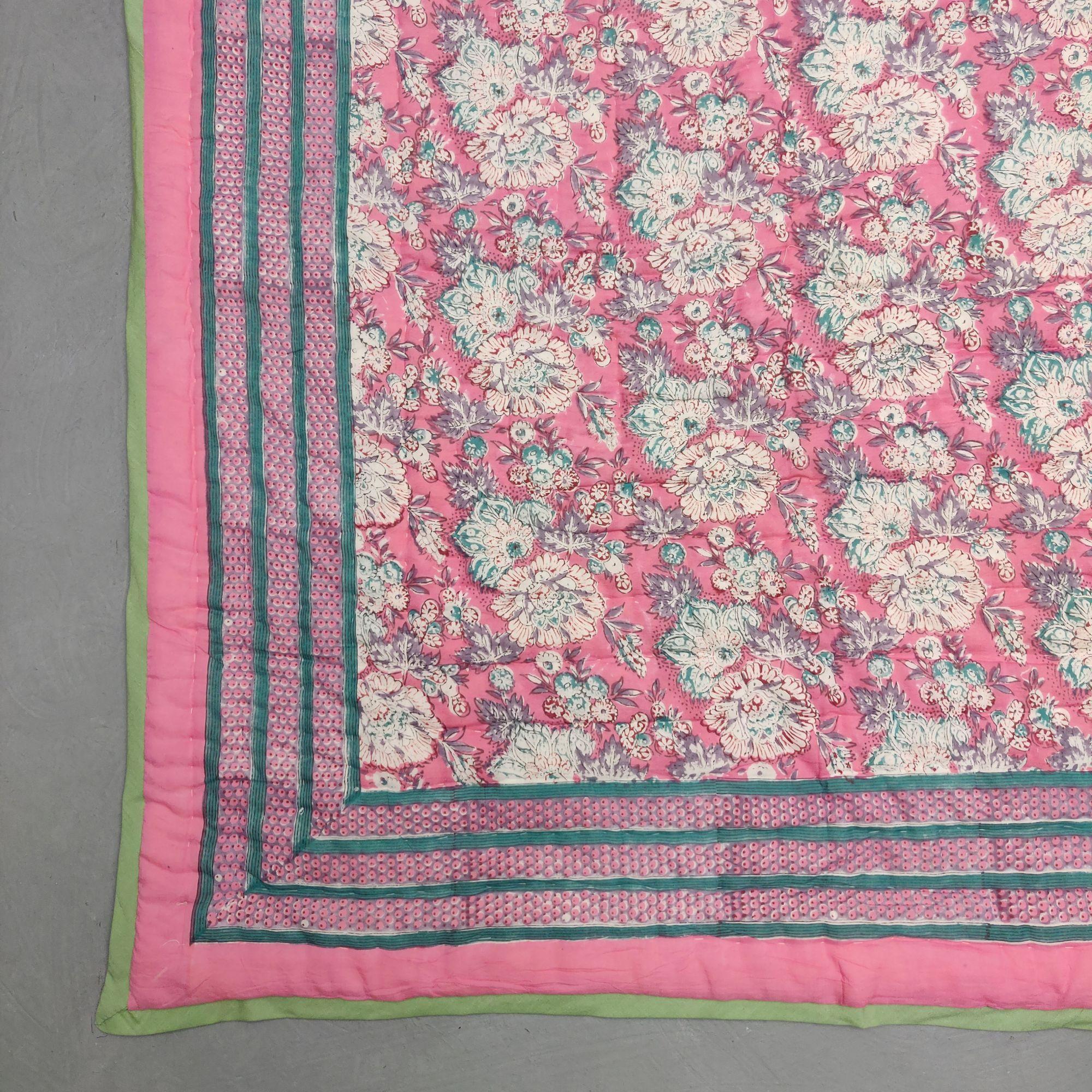 Floral Double Size Quilt QD34