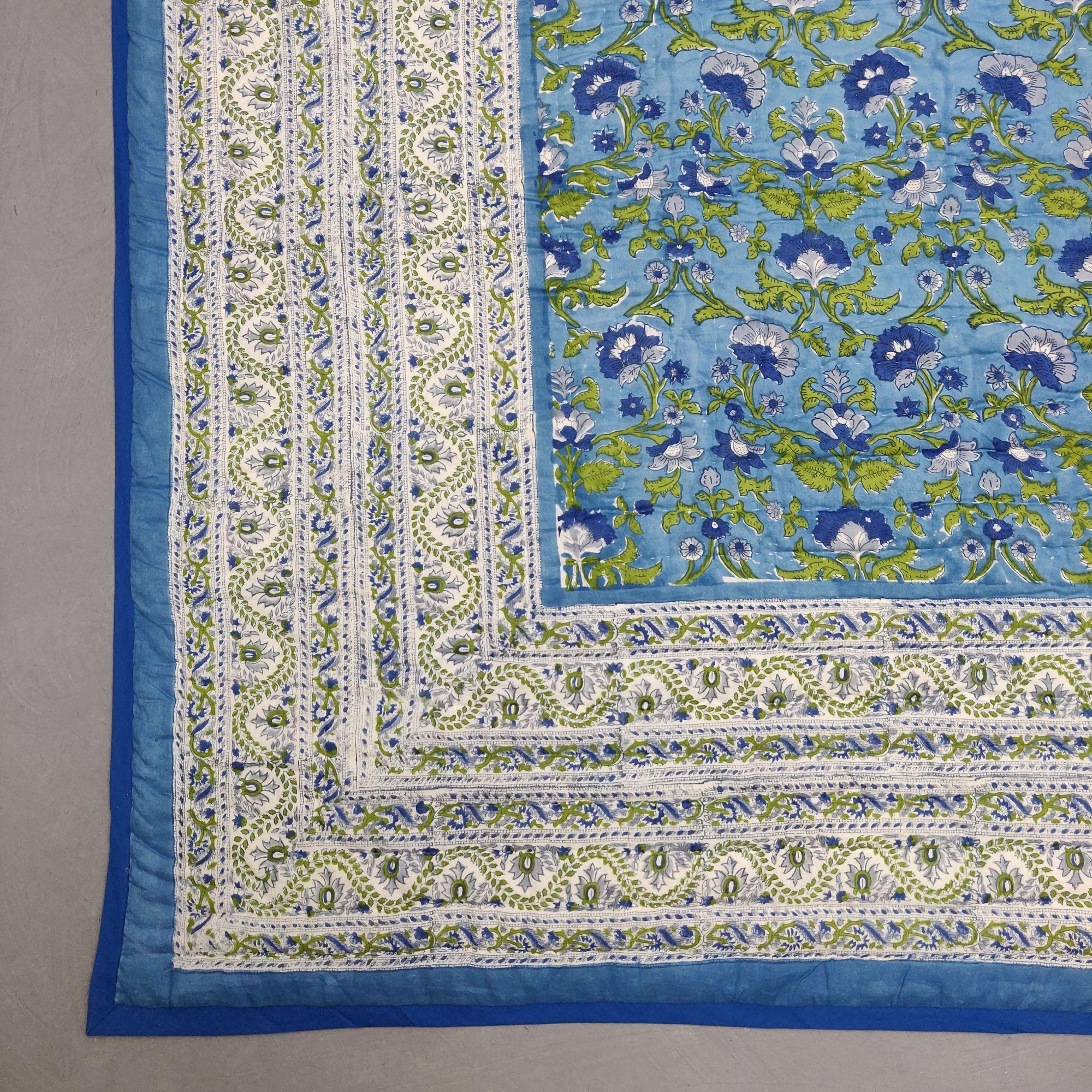 Floral Double Size Quilt QD54