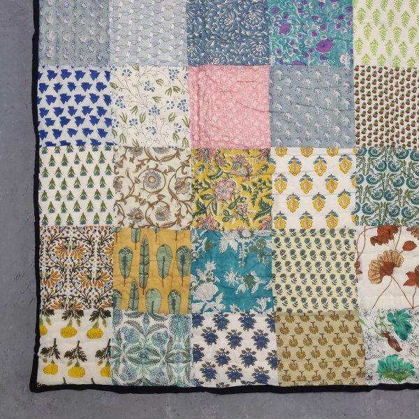 Single Size Patchwork Quilt Handblock HQS75