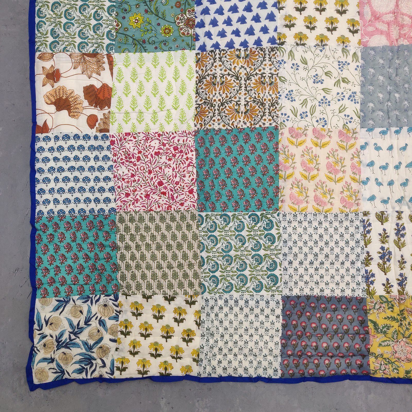 Single Size Patchwork Quilt Handblock HQS84