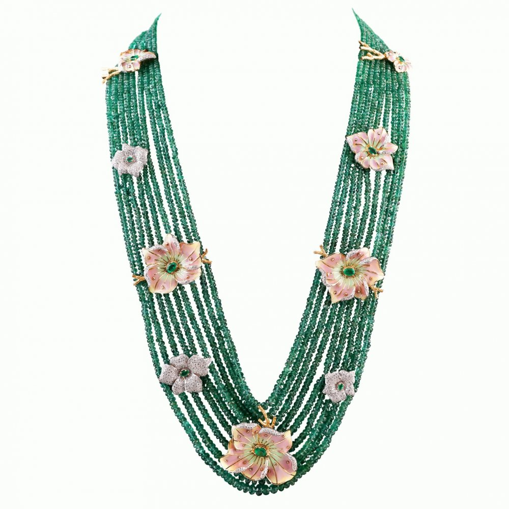 EMERALD BEAUTY NECKLACE