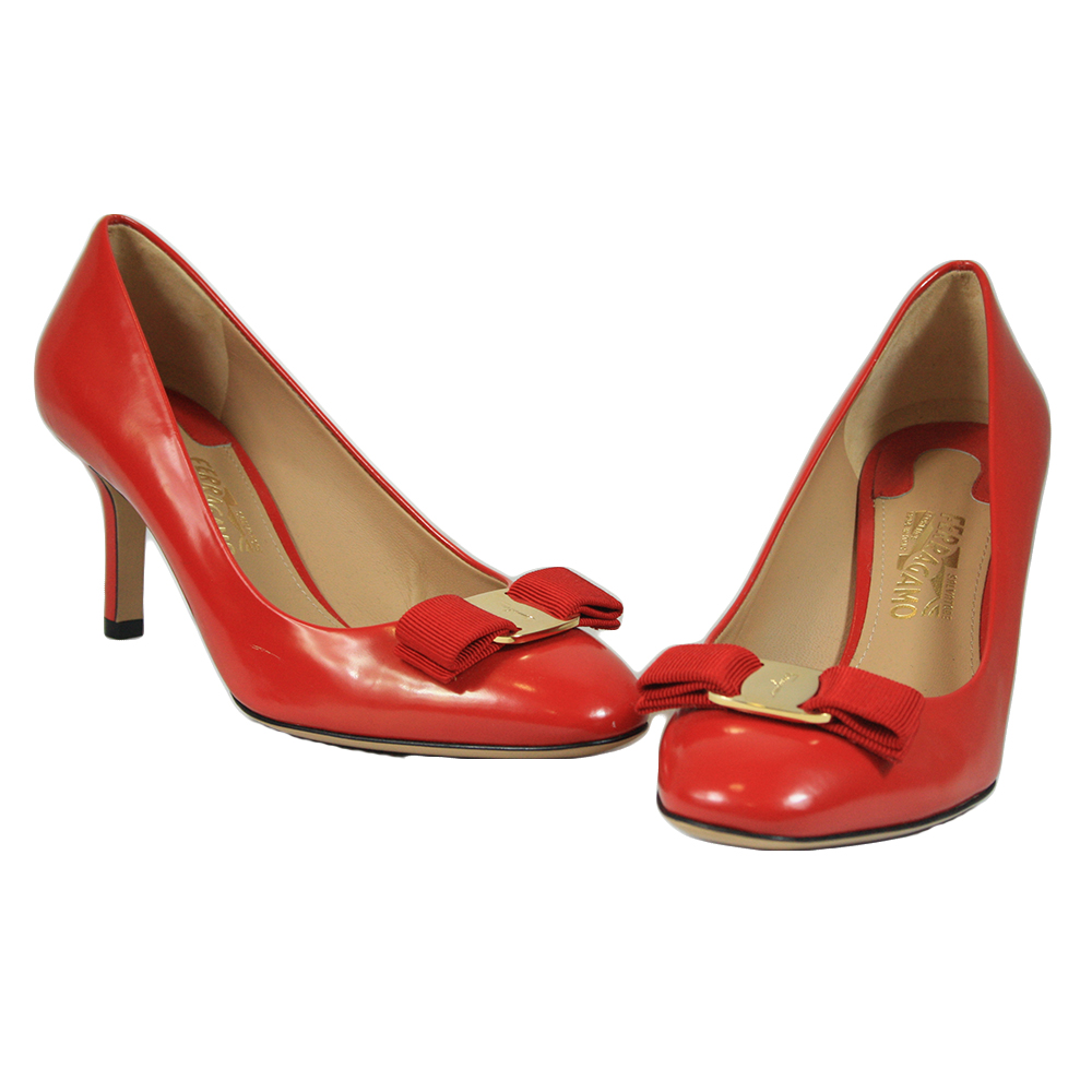 Red Patent Leather Carla Vara Bow Pumps Size 7/37