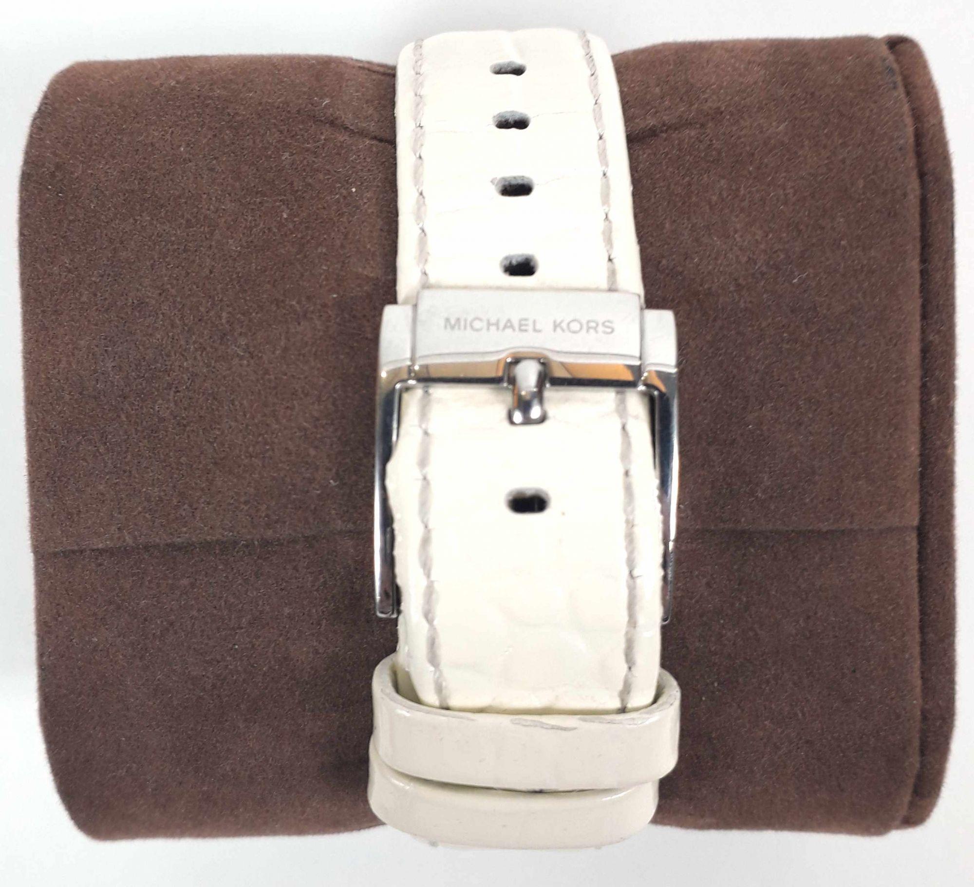 Chronograph Leather Ladies Watch MK5049