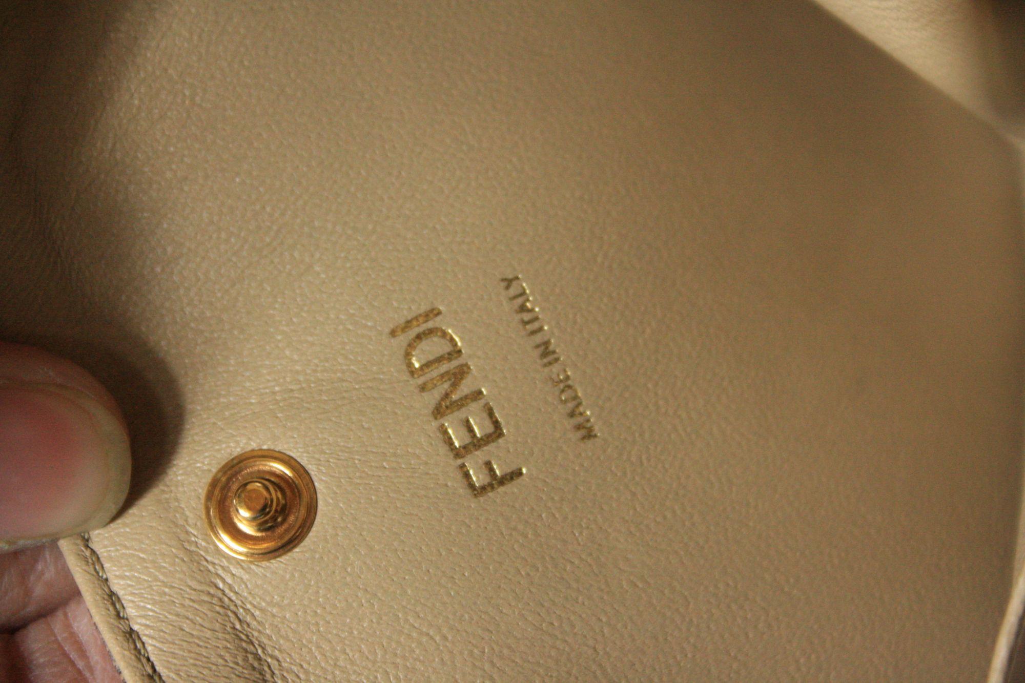 Peekabo Iconic Leather Handbag
