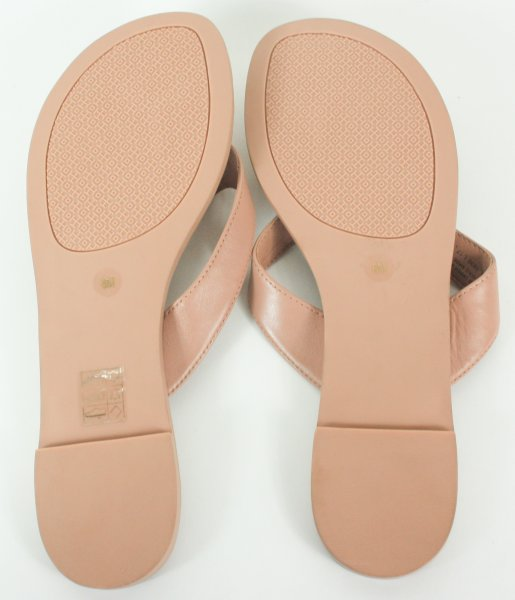 Leather embossed nude thong sandals 8M