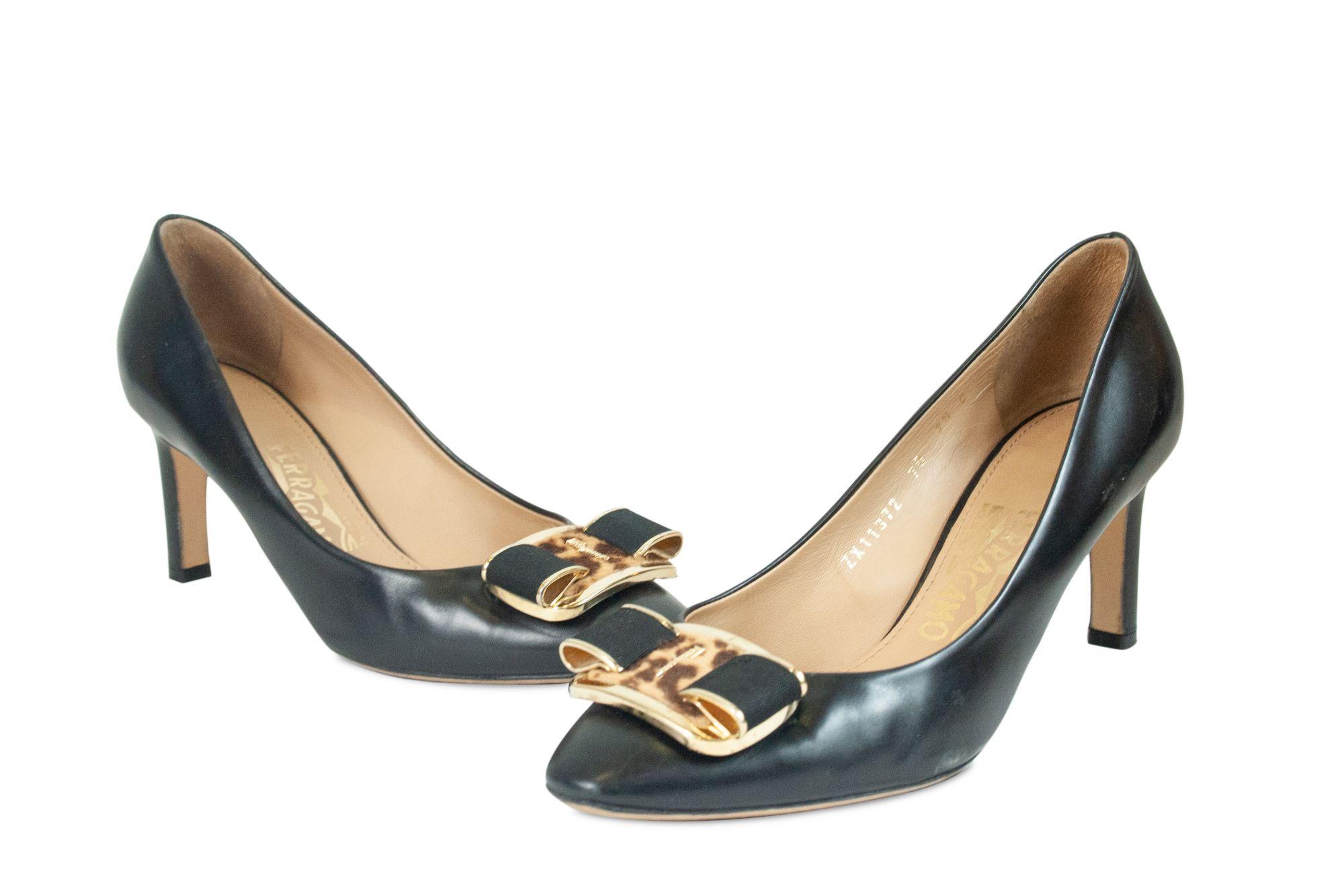 Double Bow Pump Shoe 37.5