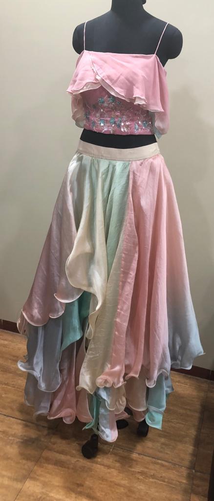 Multi-layered dress (Size M)