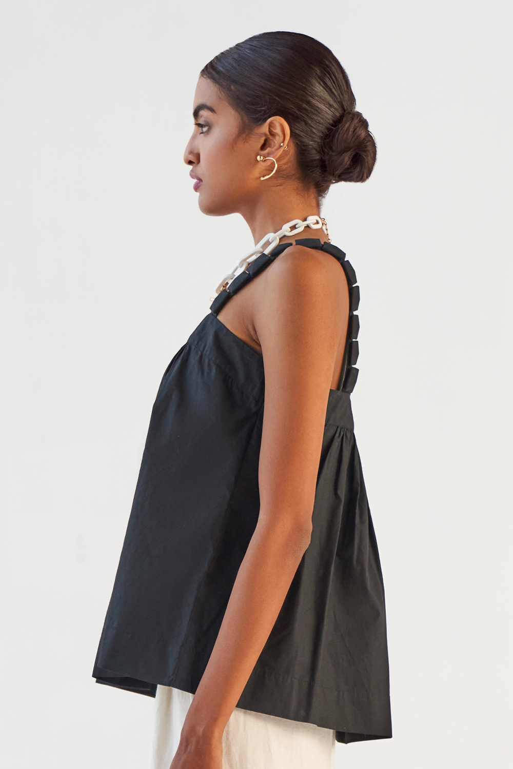 MARRAKESH SOLID BLACK COTTON POPLIN FABRIC TOP WITH FABRIC COVERED SQUARE STONE STRAPS