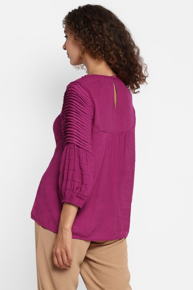 FARAFRA PLUM SOFT RAYON CREPE PLEAT DETAILING TOP WITH GATHERS AND 3/4TH LENGTH SLEEVES